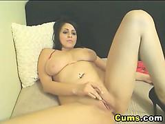Homemade Sex Babe Reaches Orgasm On Top