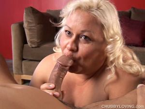 Beautiful Big Boobs Blonde BBW Porn